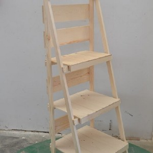 Foldable Wooden Display Ladder